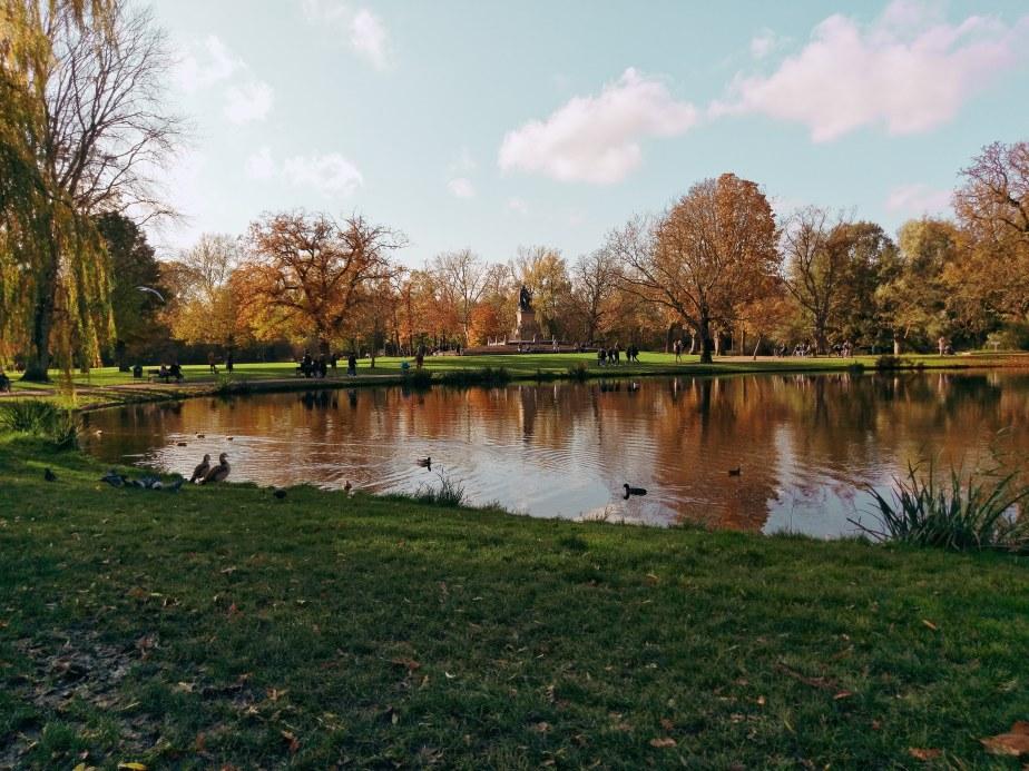 Autumn in Amsterdam: Fall in loveagain